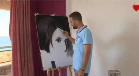 لاجئ سوري في لبنان يجسد معاناته عبر الرسم على الفحم